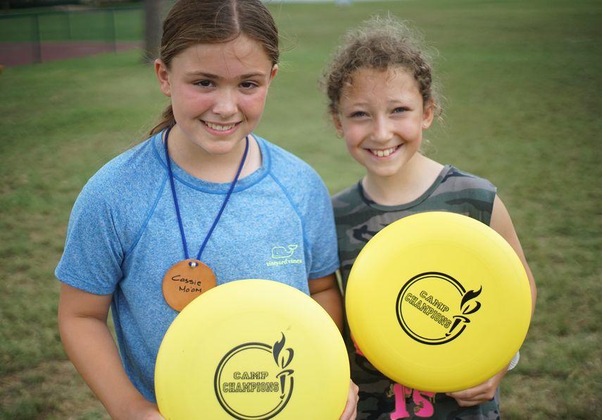 Frisbee3-min